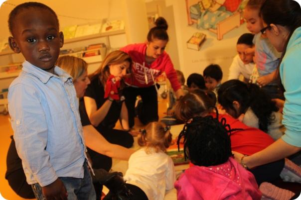 Compartindo a maleta viaxeira da Beba, Escola Infantil Xénese